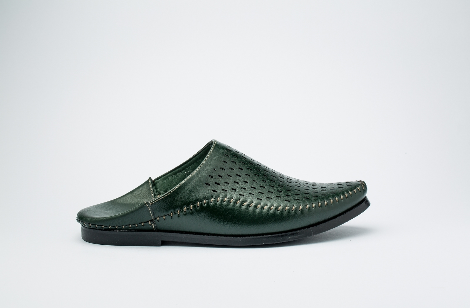 الصورة: حذاء (بلغه) اخضر