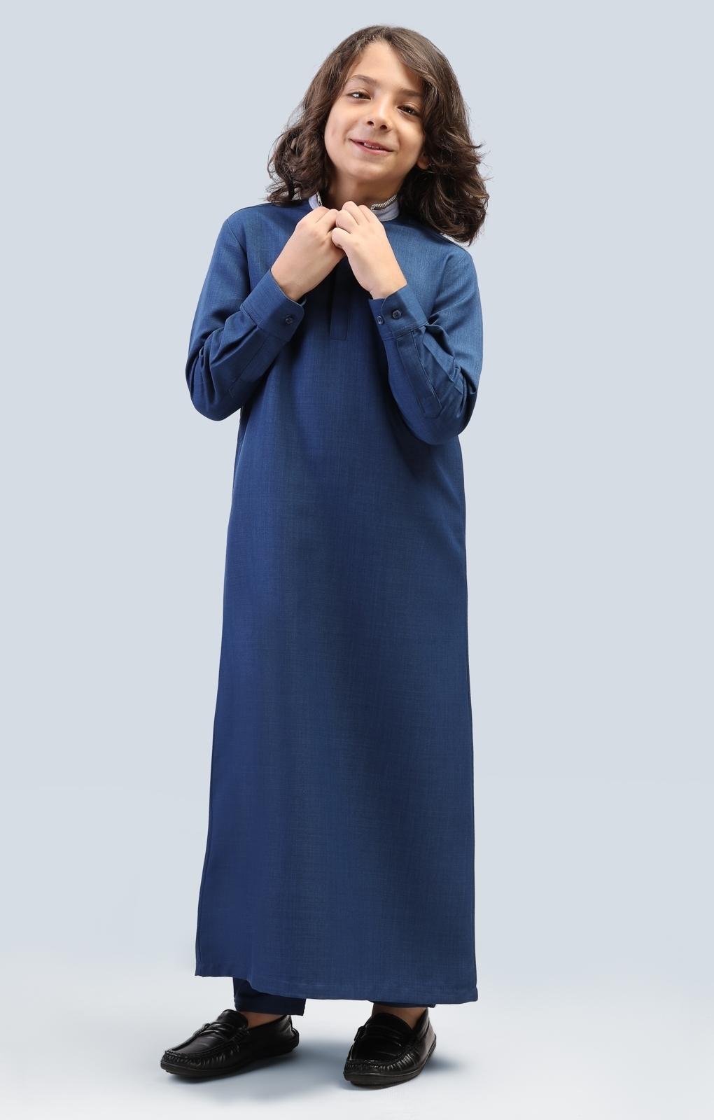الصورة: بدلة طويلة الأكمام الطويلة