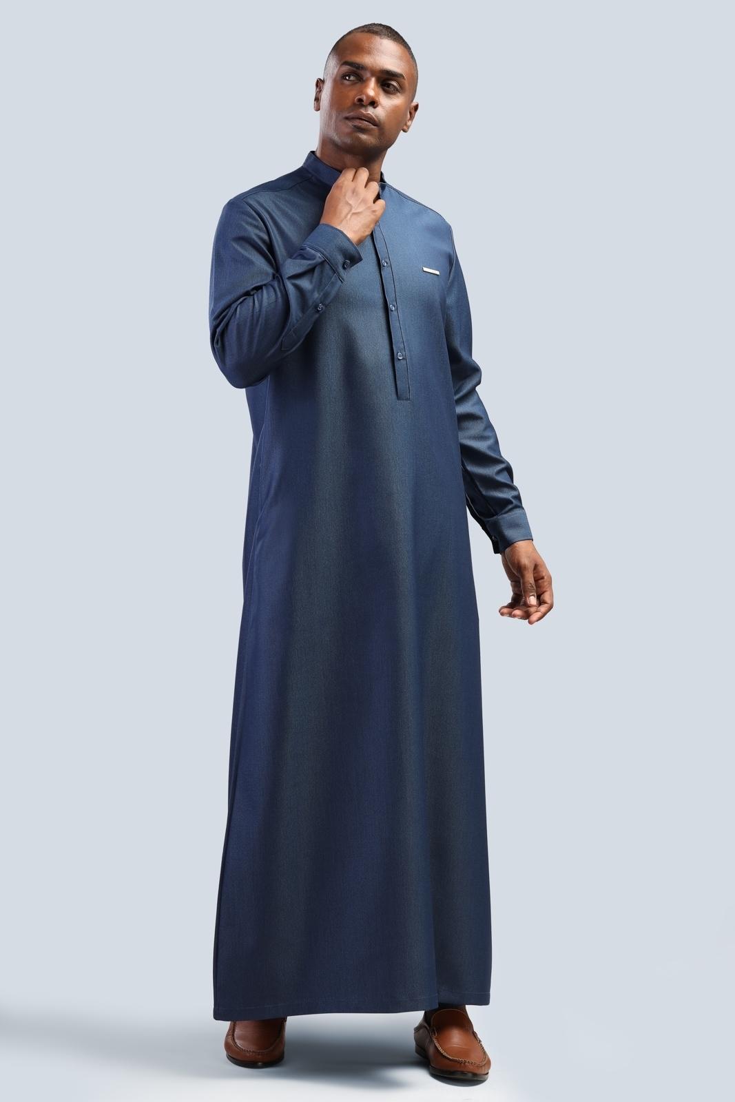 الصورة: بدلة طويل - كم مع اكسسوار